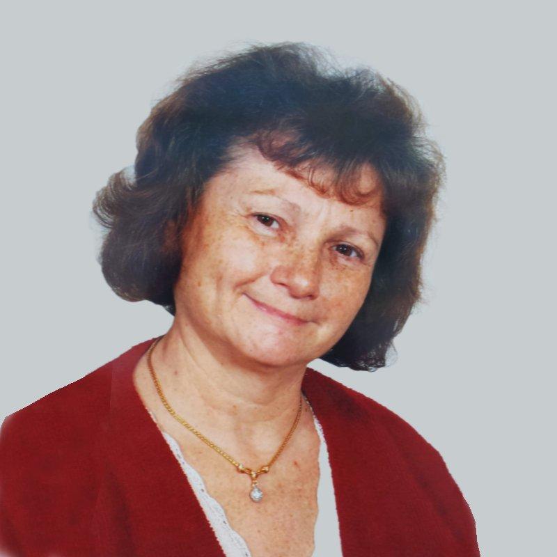 Kalocsainé Ressinka Eszter